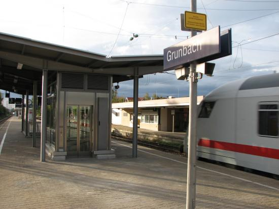 S-Bahn Station Grunbach barrierefrei
